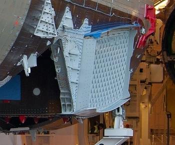 A350-SOB-Rib-Isogrid-thumb-560x465-154900.jpg